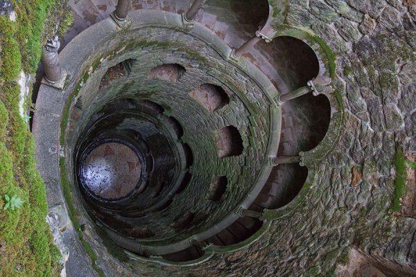 torre invertida finca regaleira